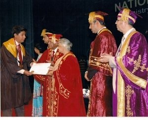 Gold Medal for the year 2008 award by Smt Sheila Dixit Chief Minister New Delhi|Dr. Ajay Kothari|Shivaji Nagar,Pune